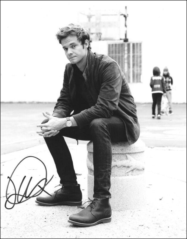 """Jack Quaid """"The Boys"""" AUTOGRAPH Signed 8x10 Photo C"""