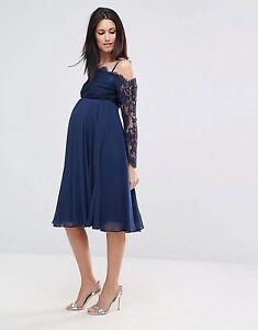 Maternity Shoulder Lace Midi Dress - USED ONCE! Canada Bay Canada Bay Area Preview
