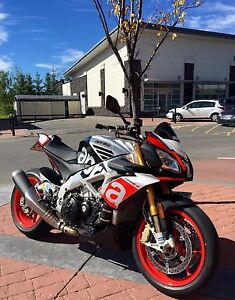 2016 Aprilia Tuono 1100 Factory - SHOWROOM CONDITION