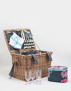 Joules Picnic Basket in Grey Floral in One Size