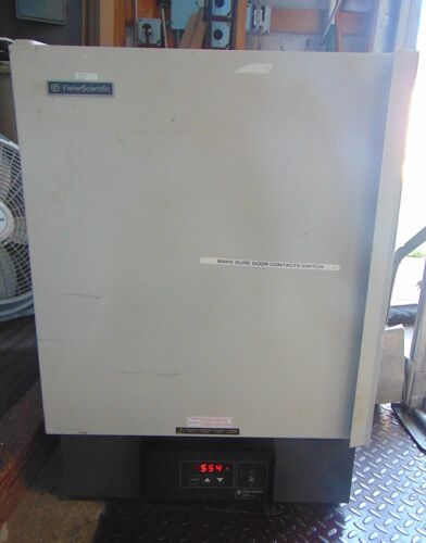 Fisher Scientific Isotemp Muffle Furnace Model 550-126. Heats Quickly. S5974