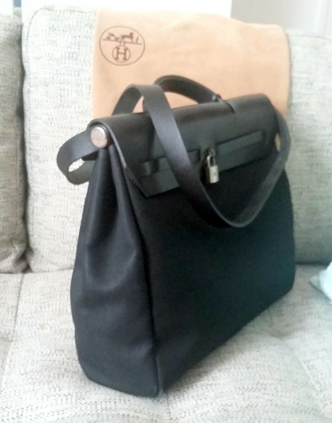 Hermes sac herbag -  toile et cuir -  hermes bag black canvas  black leather