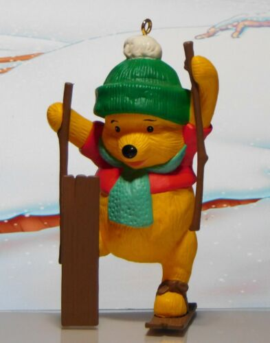 1993 Hallmark Christmas Ornament WINNIE the POOH on Skis in Box Disney