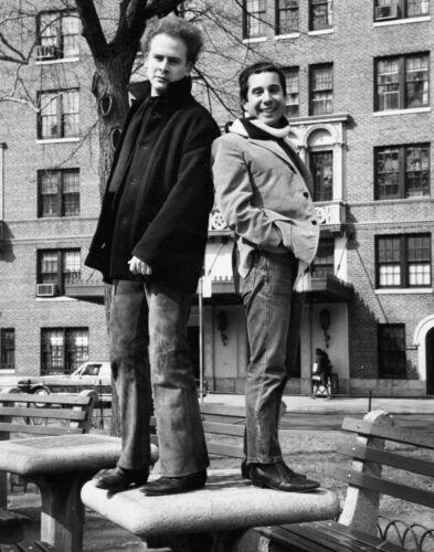 Simon & Garfunkel -  MUSIC PHOTO #15