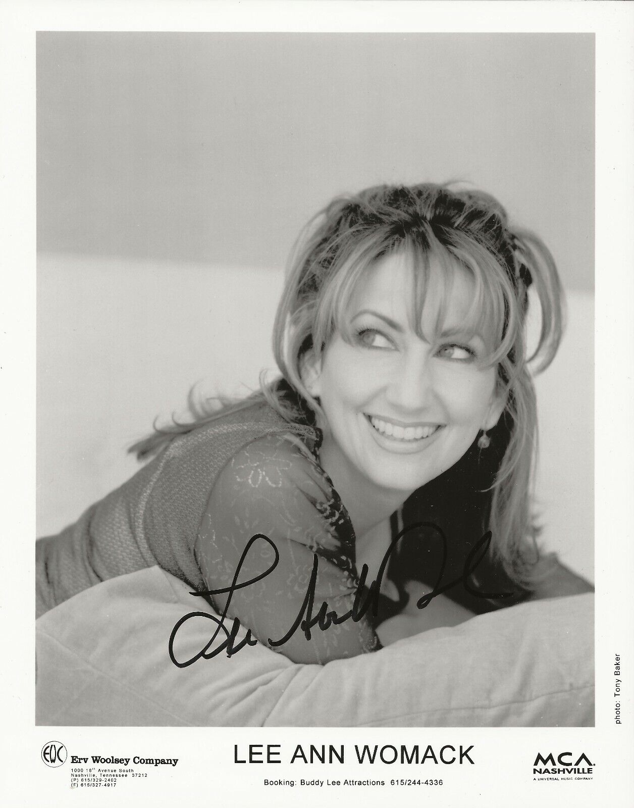 Lee Ann Womack REAL Hand SIGNED Early 8x10 Promotional Photo 2 COA Autographed - $14.99