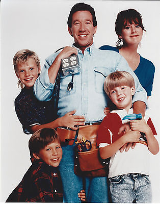 HOME IMPROVEMENT CASE 8 X 10 PHOTO WITH ULTRA PRO TOPLOADER