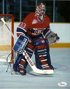 CANADA-PATRICK-ROY-HAND-SIGNED-MONTREAL-CANADIENS-8X10-PHOTO-W-JSA-COA