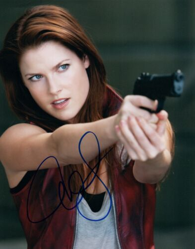 Ali Larter Signed Autographed 8x10 Photo Resident Evil Heroes COA VD
