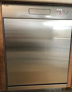 ASKO Stainless Steel Built-in Dishwasher.