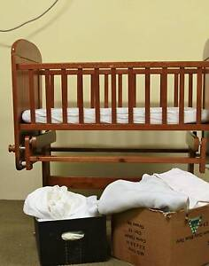 Bassinet - With Sheets & Matteress Flagstaff Hill Morphett Vale Area Preview