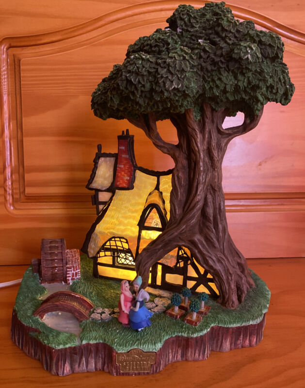 """Disney Sleeping Beauty Woodcutters Cottage REAL Stained Glass! Rare! 12""""x7""""x9"""""""