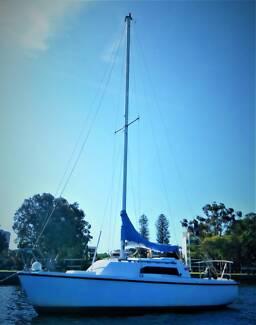 Keel Boat SS22 include mooring in Nedlands
