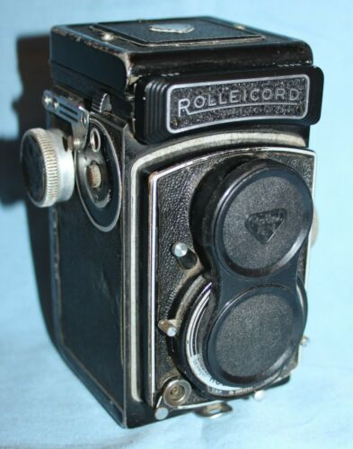 Rolleicord Vb, TLR 120 film camera, with lens cap, film tested