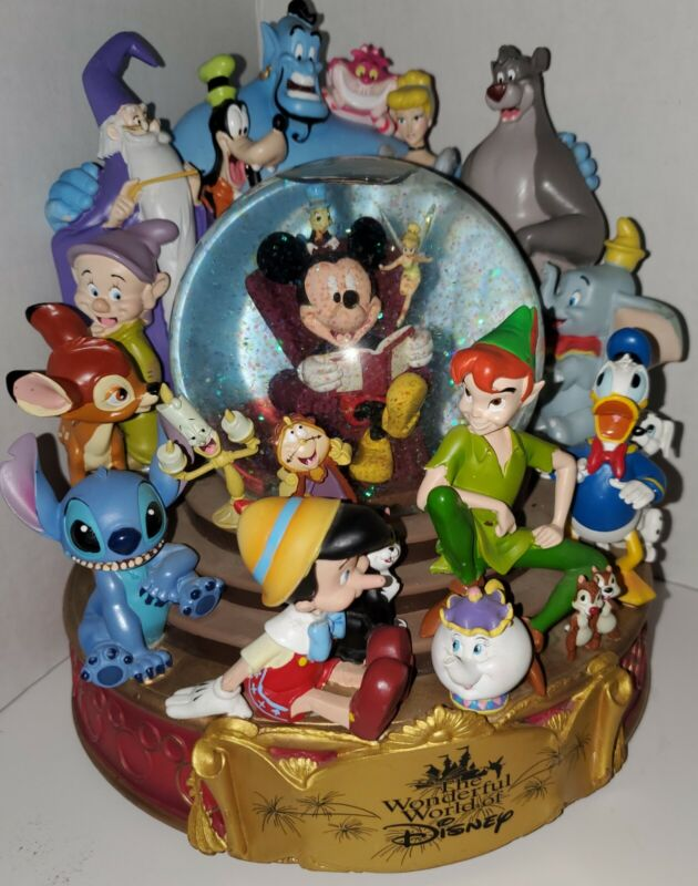 Retired Wonderful World of Disney When You Wish Upon A Star Musical Snowglobe