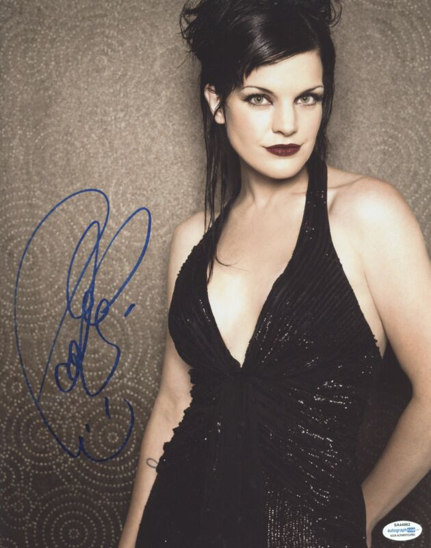 Pauley Perrette Autographed Signed 11x14 Sexy NCIS RACC ACOA