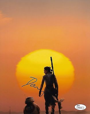 Daisy Ridley Star Wars Autographed Signed 8X10 Photo Jsa Coa  2