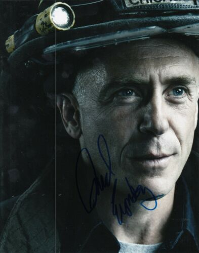 DAVID EIGENBERG signed (CHICAGO FIRE) TV SHOW 8X10 *Christopher Hermann* W/COA A