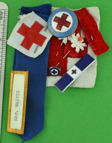 AMERICAN RED CROSS VOLUNTEER GROUP : PINS PATCHES BADGE (B4)