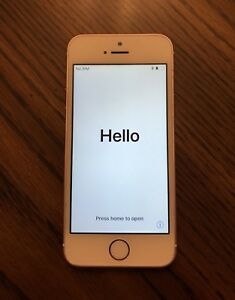iPhone SE 64G Rosegold. Perfect condition. UNLOCKED with charger
