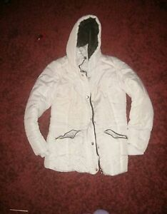 Womens winter coat Windsor Region Ontario image 1