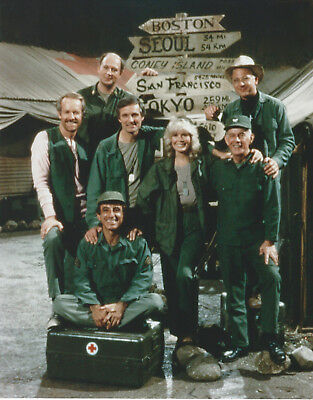 M*A*S*H CAST 8 X 10 PHOTO WITH ULTRA PRO TOPLOADER