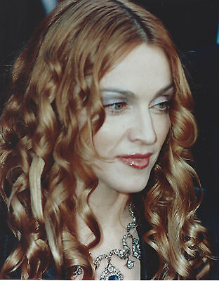 MADONNA 8 X 10 PHOTO WITH ULTRA PRO TOPLOADER