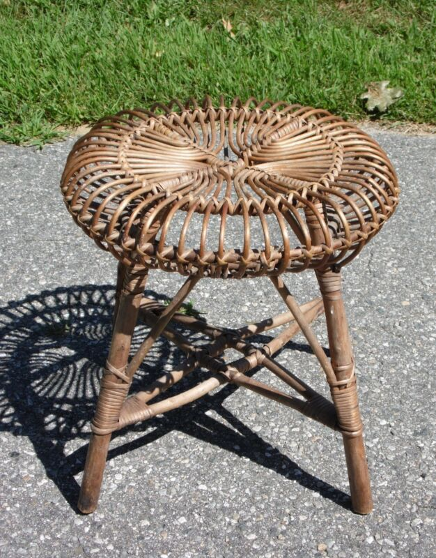 Vintage Mid Century Modern Franco Albini style Wicker Rattan Foot Stool Table