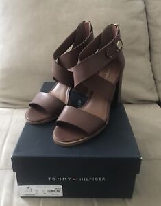 Tommy Hilfiger Paradise Strappy Sandals Women's Shoes.