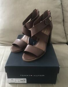 Tommy Hilfiger Paradise Strappy Sandals Women's Shoes. Leather