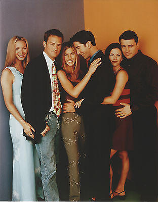 FRIENDS CAST 8 X 10 PHOTO WITH ULTRA PRO TOPLOADER