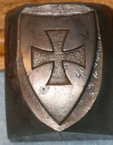 Master Hob KNIGHTS TEMPLAR SHIELD w/ MALTESE CROSS Curved Stamping Die MC LILLEY