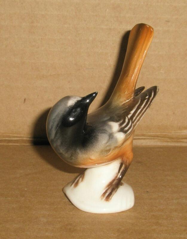 Goebel  Bird Figurine Glossy Redstart