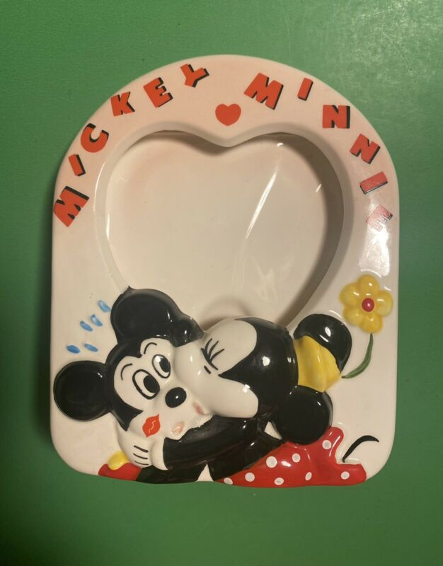Disney Mickey & Minnie Mouse Kissing Heart Photo Picture Frame (b21)
