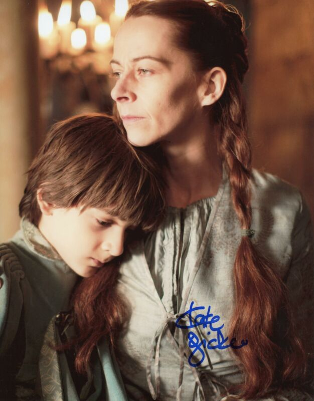 """Kate Dickie """"Game of Thrones"""" AUTOGRAPH Signed 8x10 Photo ACOA"""