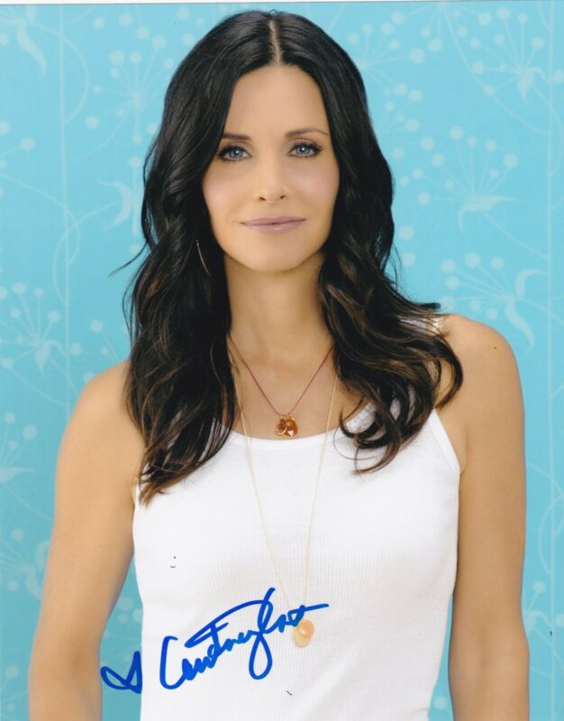 COURTENEY COX SIGNED 8X10 PHOTO AUTHENTIC AUTOGRAPH FRIENDS COUGAR TOWN COA A