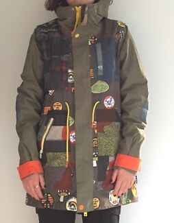 Burton LAMB snow jacket