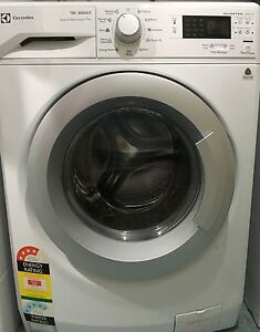 Electrolux 7kg washing machine not even 1 year old Queenscliff Manly Area Preview