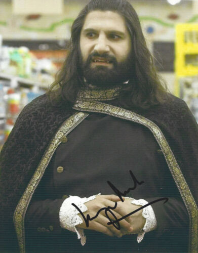 KAYVAN NOVAK SIGNED WHAT WE DO IN THE SHADOWS 8x10 PHOTO w/COA TV SHOW ACTOR