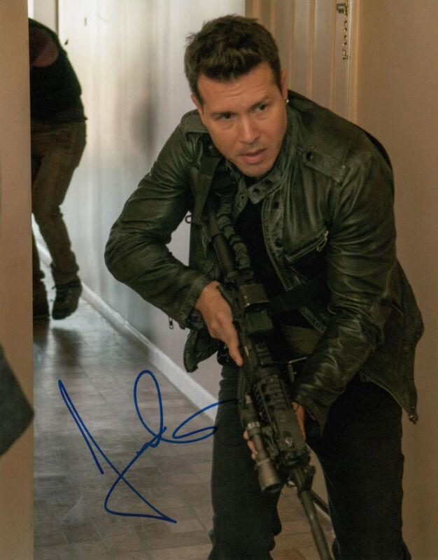 JON SEDA AUTHENTIC SIGNAUTRE CHICAGO P.D. SIGNED 10X8 PHOTO AFTAL UACC [12614]