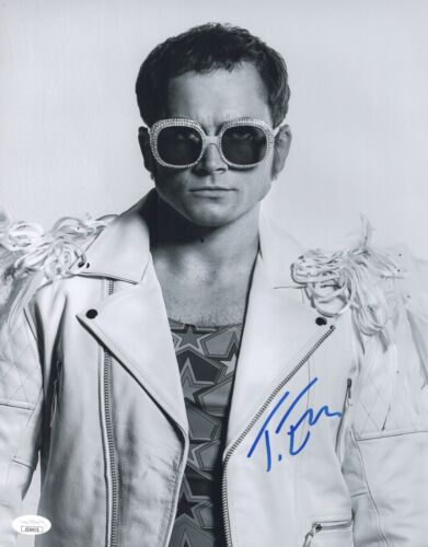 TARON EGERTON Signed ROCKETMAN 11x14 Photo Elton John Biopic Autograph JSA COA