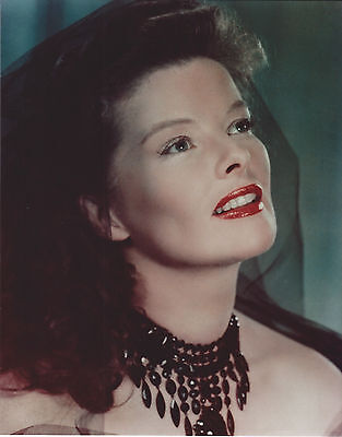KATHARINE HEPBURN 8 X 10 PHOTO WITH ULTRA PRO TOPLOADER