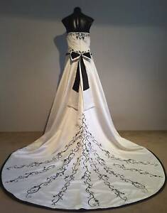 WEDDING GOWN - AFFORDABLE GOWNS - Postage Available Perth Perth City Area Preview