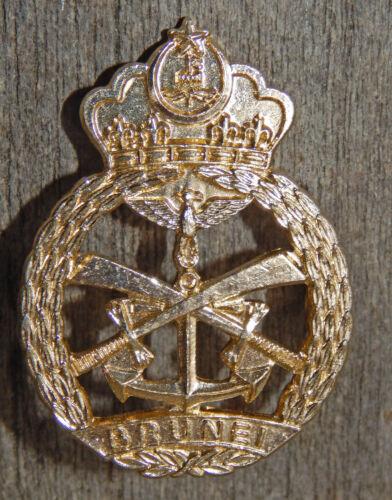 OBSOLETE Anodised BRUNEI Police Hat Badge Cap Badge