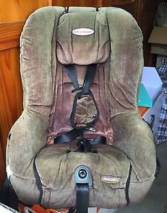 FREE 2004 Safe-n-Sound Royale 0-4yrs car seat Berala Auburn Area Preview