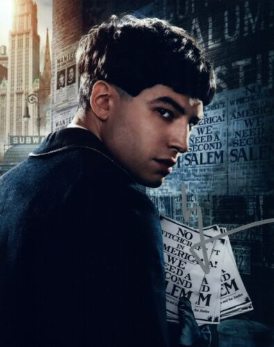 Ezra Miller Signed 8x10 Photo FANTASTIC BEASTS & WHERE TO FIND THEM COA