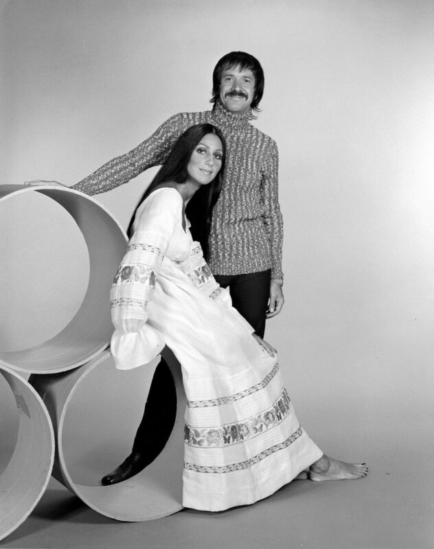 SONNY AND CHER 8X10 GLOSSY PHOTO PICTURE IMAGE #2