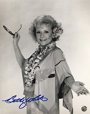 Betty White Hand Signed 8x10 Photo w/Letter Of Authenticity