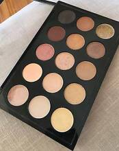 MAC EYESHADOW X 15 - WARM NEUTRAL PALETTE - RRP $195 Double Bay Eastern Suburbs Preview
