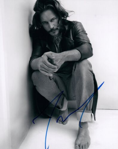 Travis Fimmel Signed Autographed 8x10 Photo Vikings Warcraft COA VD