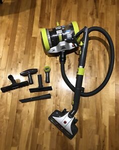 Hoover Air Revolver Canister Vacuum